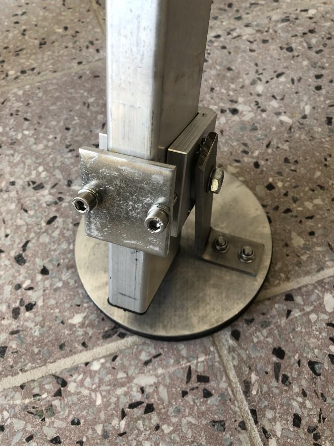 Fußplatte mit Gummiauflage für Leitern